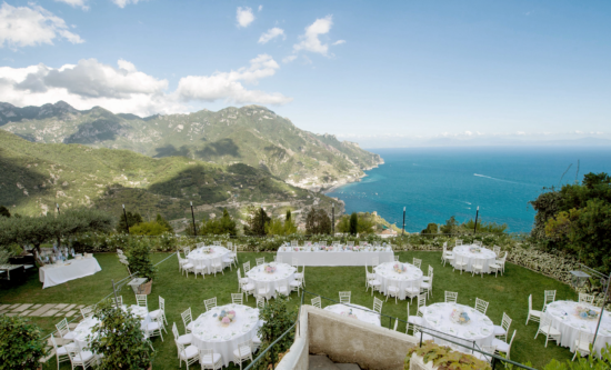 They said « I do » in the romantic Amalfi Coast
