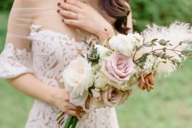 Styles of bridal bouquets